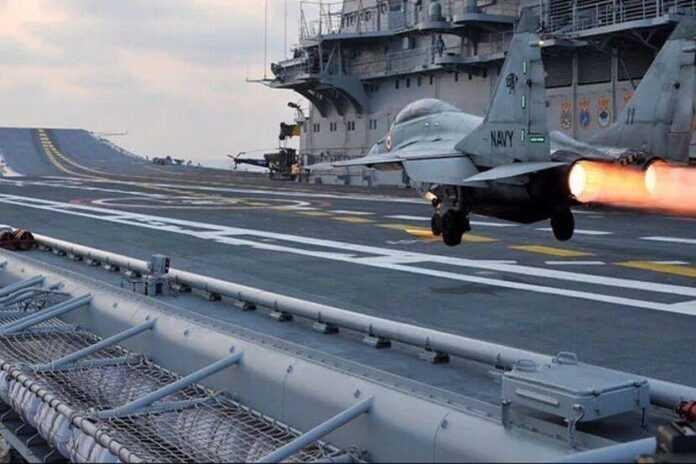 भारतीय-नौदलाचं-mig-29k-विमान-अरब-Indian-Navy-mig-29k-aircraft-Arab